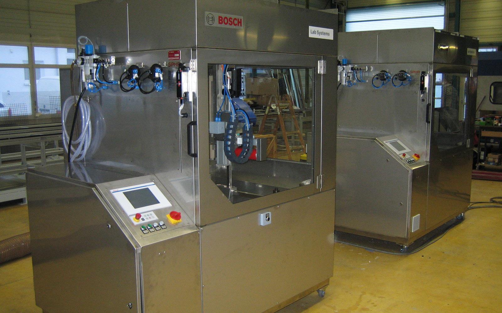 Füll Lab Automation übernimmt den Bereich Laborautomation von Syntegeon